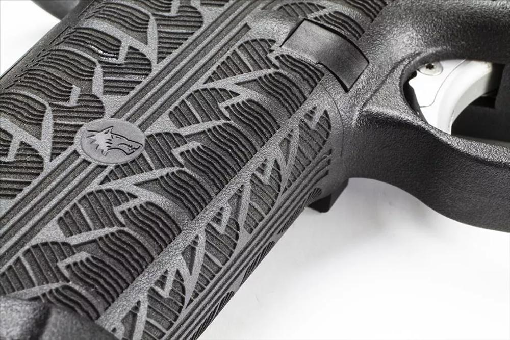 "Closeup of the ""Tread"" pattern"